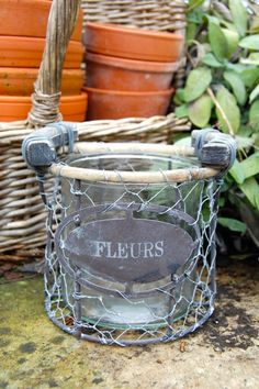 Small Fleurs Vase Encased in Wire Garden Gifts, Sweet Home, Shed, Shabby, Wire, Outdoor, Flowers, Outdoors, Lean To Shed