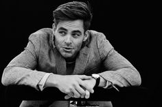 Coulter Archibald - Backgrounds High Resolution: chris pine backround - 5760x3840 px