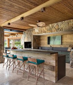 House Design, New Homes, Pool House, Modern Patio, Outdoor Kitchen Design, Home Design Decor, Industrial Interior Kitchen, Outdoor Kitchen, Outdoor Garden Rooms