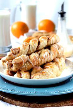 Sweet Orange Roll BreadTwists | http://www.carlsbadcravings.com/best-sweet-orange-roll-breadtwists-recipe/