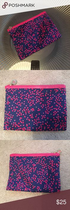 Lilly Pulitizer zip pouch Lilly Pulitizer zip pouch Lilly Pulitzer Accessories
