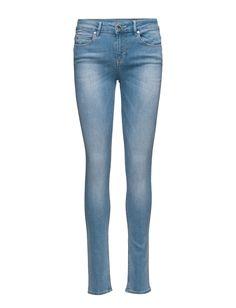 DAY - Sally Reform Button and zip closure Fading Logo detail Belt loops Classic 5 pocket styling Denim Simple Jeans Sally, Indigo, Closure, Belt, Pocket, Zip, Button, Logo, Denim