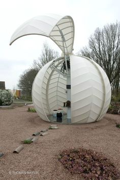 Wonderful design for market areas or small shops--Floriade 2012 World Horticultural Expo - photo Thomas Mayer