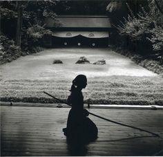 Japanese Archery - Kyudo: Linda Butler.