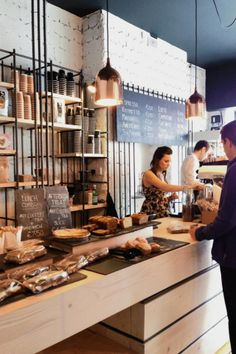 Bear Market Coffee / VAV Architects