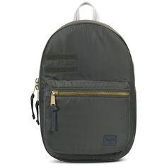 Herschel Tagesrucksack »Lawson Surplus« für 109,95€. Geräumiges Hauptfach mit Reißverschluss, Kleine Reißverschlusstasche für Wertsachen bei OTTO
