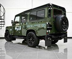The @urbanautomotive Envy Green LS3 Urban Truck Ultimate RS! #landrover #landroverdefender #defender110csw #landroverphotoalbum
