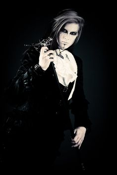 Maybe someone will be Vampire Male Makeup, Goth Makeup, Goth Chic, Gothic Men, Gothic Photography, Gothic Culture, Goth Guys, Victorian Goth, Funny Fashion