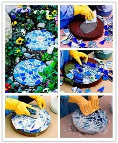How to make diy mosaic garden stepping stones diy tag Mosaic Crafts, Mosaic Projects, Mosaic Art, Diy Projects, Mosaics, Mosaic Tiles, Mosaic Stepping Stones, Stone Mosaic, Mosaic Glass