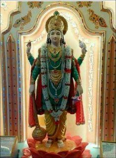 Krishna Hindu, Krishna Leela, Radha Krishna Love Quotes, Lord Krishna, Lord Shiva, Radhe Krishna, Krishna Images, Shree Krishna Wallpapers, Lord Vishnu Wallpapers