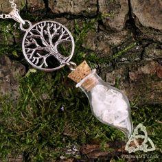 Bijou Collier elfique celtique Alchemya fiole verre Cristal de Roche blanc transparent pointe pendule pierre gemme arbre de vie yggdrasil argenté médiéval cristal magie wicca ésotérisme mariage pendule divination fée gothique