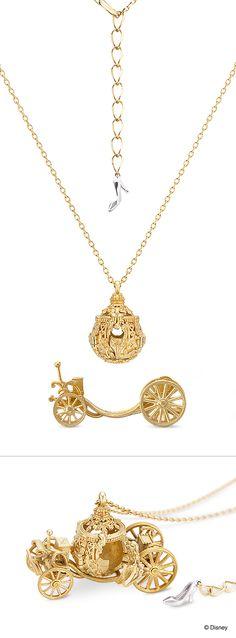 "【Cinderella - the movie ""Cinderella"" (pumpkin carriage) -】 Necklace with the…"