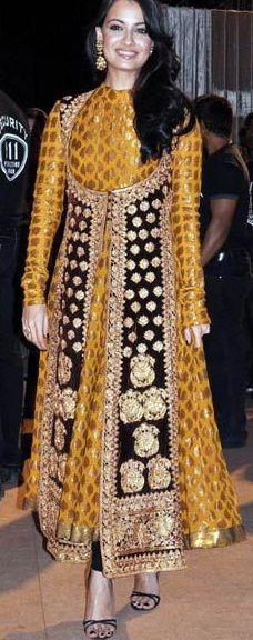 #RituKumar rich brocade angrakha #suit
