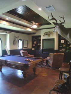 game room, great floors!