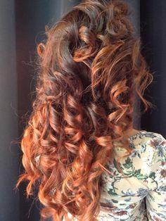 Spotted...in salone! DJ con sfumature caramello e rame... #cdj #degradejoelle #tagliopuntearia #degradé #dettaglidistile #welovecdj #clientefelice #beautifulhair #naturalshades #hair #hairstyle #hairstyles #haircolour #haircut #fashion #longhair #style #hairfashion
