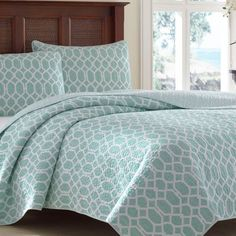 Tommy Bahama Catalina Trellis Reversible Quilt Set Harbor Blue - 207557