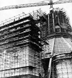 In a web of steel scaffolding, the main entrance to the Liverpool Metropolitan Cathedral rises alongside the central structure in June 1965 Liverpool Skyline, Liverpool Cathedral, Liverpool History, Christ The King, Scaffolding, Main Entrance, Local History, Roman Catholic, Under Construction