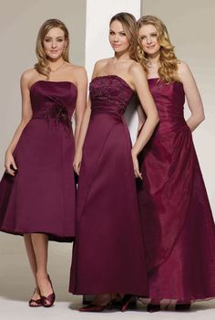 Tips for brides on choosing the perfect dresses for their #bridesmaids.