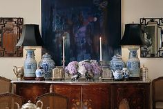I love Old World elegance—even more so with a modern spin. Vintage decor with vibrant colors, dramatic details, and bold chinoiserie patterns channel the classic look and liven it up a bit.