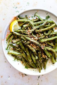 Blistered Green Beans with Crushed Almonds {paleo, vegan}