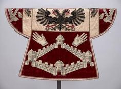A seventeenth-century herald's tabard for the margravate of Antwerp, sewn by Louis Aimé. (Kunsthistorisches Museum Vienna)