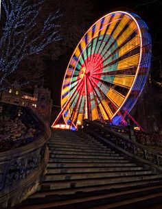 'Big Wheel' Ferris Wheel: Edinburgh, Scotland / photo by Graham Stirling
