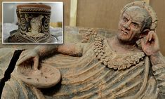 Hundreds of looted antiquities, including mosaics from Pompeii and ancient sarcophagi, allegedly linked to London art dealer Robin Symes, have been uncovered in Switzerland.