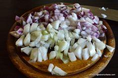 Tocanita de porc cu cartofi si sos de rosii - reteta simpla   Savori Urbane Cabbage, Cheese, Vegetables, Desserts, Pork, Tailgate Desserts, Deserts, Cabbages, Vegetable Recipes