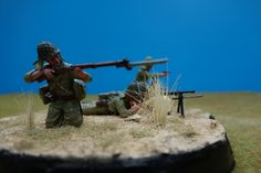 "Dioramas ""U.S. Marines, Iwo Jima 1945"" & Japanese Army Infantry, Peleliu 1944"" - FineScale Modeler - Essential magazine for scale model builders, model kit reviews, how-to scale modeling, and scale modeling products"