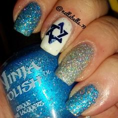 Hanukkah Nails | Manicure Monday ~ Groove Girl