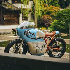 Honda CB550 cafe race