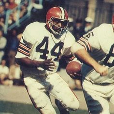 Leroy Kelly - Cleveland Browns Hall of Famer I used to run around my yard  as a child pretending to be Leroy Kelly