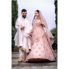 """9,947 Likes, 51 Comments - Pinkvilla (@pinkvilla) on Instagram: """"Wedding Dairies: This picture proves that Virat Kohli and Anushka Sharma are truly made for each…"""""""