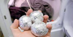 En este artículo te diremos que pasa cuando entras varias bolas de papel de aluminio en la lavadora, es algo que de verdad te va a sorprender, no dejes de ver esta información. Anuncios Muchas veces resultad tediosa lavar la ropa, debe asegurarse de que la temperatura sea adecuada, no se debe dejar en la