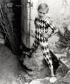 LUCIEN_CLERGUE_HARLEQUIN  #circus #vintagecircus