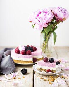 No Bake Raspberry Cake