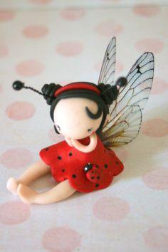 Figurine de fée coccinelle par TheDollAndThePea sur Etsy