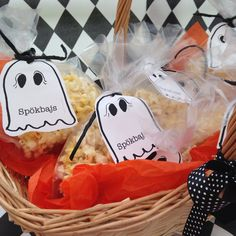 Bus eller godis! Spökbajs! Goostpoop! Halloween, Inspiration, Food, Creative, Biblical Inspiration, Essen, Meals, Yemek, Inspirational