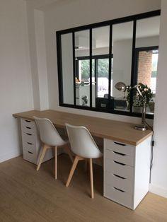 Installation du plateau en bois et montage du nouveau bureau - Notre maison contemporaine DDN en métropole lilloise par happy59 sur ForumConstruire.com