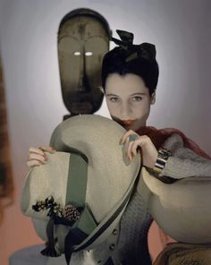 We Had Faces Then — lisa401971: VOGUE - FEBRUARY 1940  by Horst P....