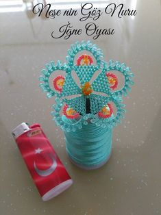 İğne oyası sevenler için toz mavi çiçek oyası yapılışını paylaştık… For those who love needle lace, we shared the construction of powder blue flower lace. Those who want to make decorations with floral lace should not miss this model. Baby Knitting Patterns, Crochet Patterns, Diy And Crafts, Arts And Crafts, Passementerie, Needle Lace, Lace Making, Bargello, Filet Crochet
