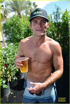 Scott Eastwood Proudly Flaunts Shirtless Sexy Body at Coachella!: Photo Scott Eastwood goes shirtless sexy while having some fun at the Heineken House during the first weekend of the 2014 Coachella Music Festival on Friday (April Clint And Scott Eastwood, The Longest Ride, Perfect Posture, Splash Page, Country Men, Cute Actors, Hommes Sexy, Hot Hunks, Raining Men