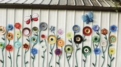 Plate & Hose Garden Flower Art Is So Colorful, Inexpensive & Amazing! | DIY Joy Projects and Crafts Ideas