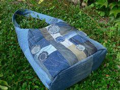 džínová patchworková taška / Zboží prodejce imodes | Fler.cz Gym Bag, Bags, Denim, Scrappy Quilts, Handbags, Bag, Totes, Jeans, Hand Bags