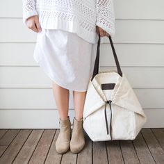 We still have a few of our much loved Adventure Totes in our LA warehouse. - We still have a few of our much loved Adventure Totes in our LA warehouse… they are sold out glob - My Bags, Purses And Bags, The Beach People, Vintage Luggage, Creation Couture, Denim Bag, Quilted Bag, Fabric Bags, Shopper