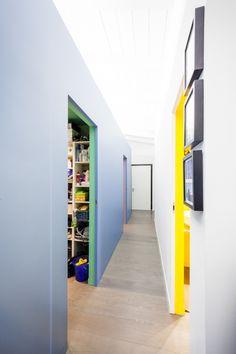 luogo: Milano anno: 2012 progetto pubblicato su Casa e Trend di natale 2013 fotografie di Marco Curatolo La Balena blu è la protagonista indiscussa di questo affascinante appartamento milanese. In ...