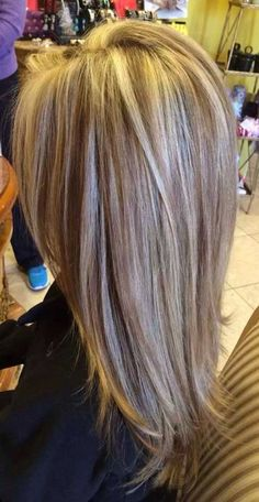When you have long hair, you should come up with an original hair style idea. So here we have rounded up New Long Layered Hair Styles that we think you. Love Hair, Great Hair, Gorgeous Hair, Medium Hair Styles, Long Hair Styles, Hair Color And Cut, Long Layered Hair, Hair Affair, Hair Today