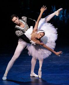 .Misty Copeland & Alexandre Hammoudi perform the White Swan pas de deux at the International Evening of Dance I program of the 2015 Vail International Dance Festival. Photo :copyright: Erin Baiano