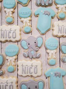 Dumbo Baby Shower, Elephant Baby Shower Cake, Baby Shower Cakes For Boys, Elephant Theme, Baby Shower Themes, Elephant Party, Baby Shower Decorations For Boys, Baby Cookies, Baby Shower Cookies