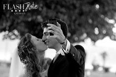 Wedding & selfie.  Il tuo matrimonio, un racconto fotografico. Emozione Stile Ricercatezza.  Flash Arte Gavirate VA Info:  flash.arte@libero.it  tel. 0332746300